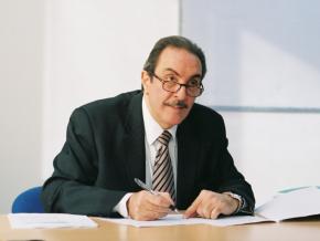 Dr Omar Rifai